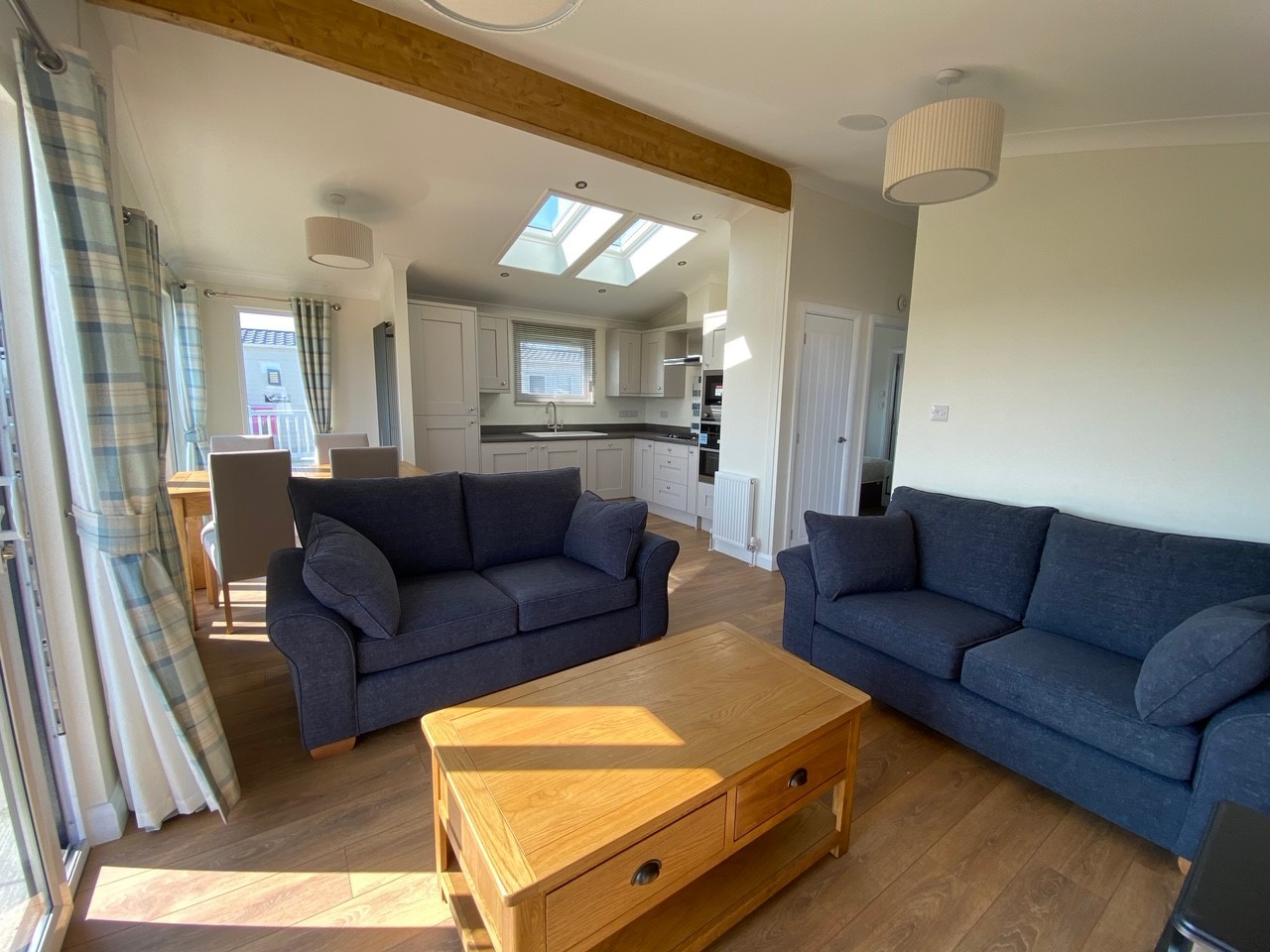 Willerby-Bespoke-Acorn-Lodge-1