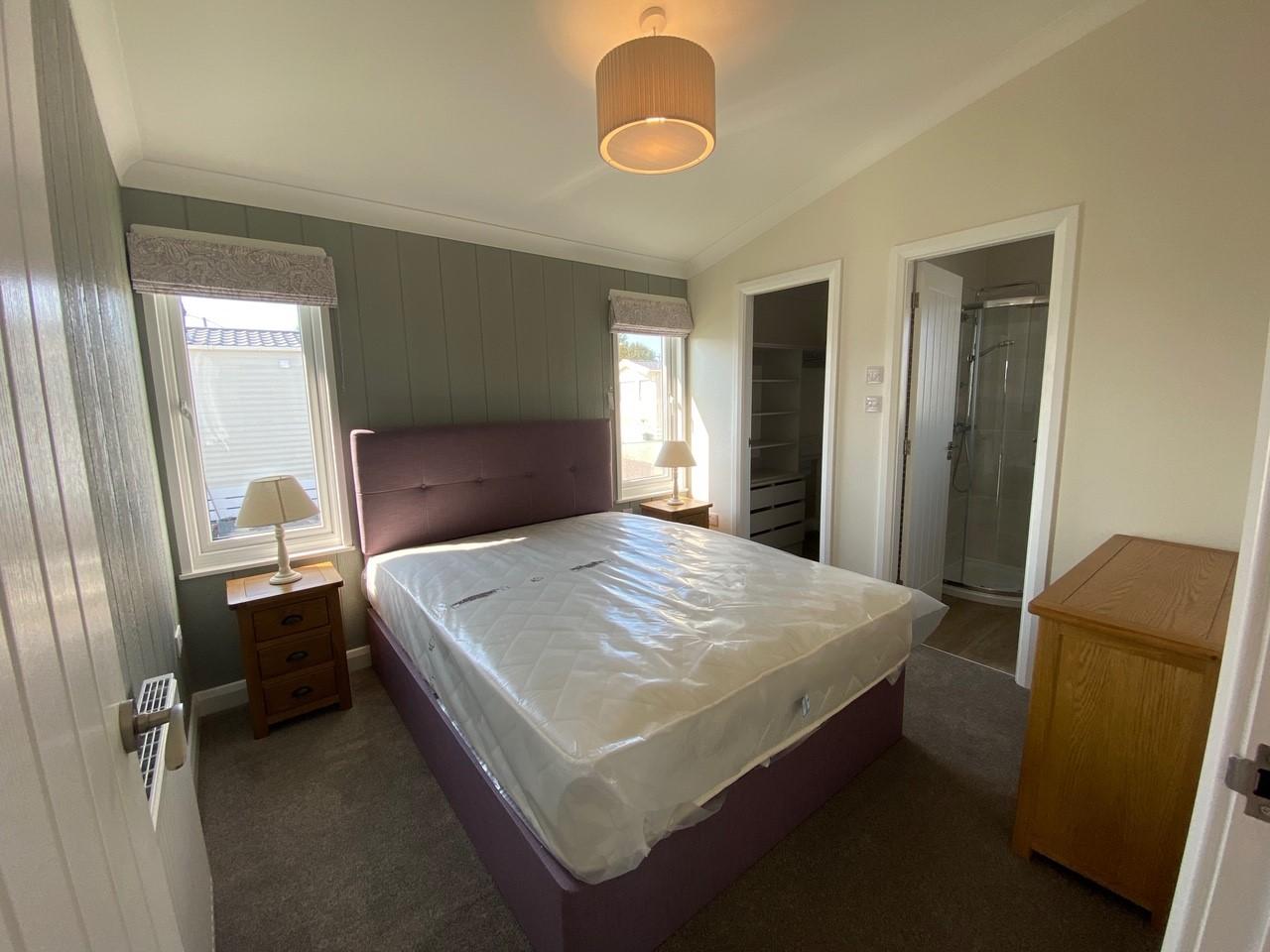 Willerby-Bespoke-Acorn-Lodge-6