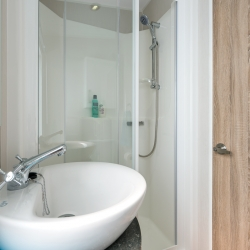 Willerby Avonmore Shower Room