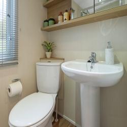 Lyndhurst Shower Room.jpg